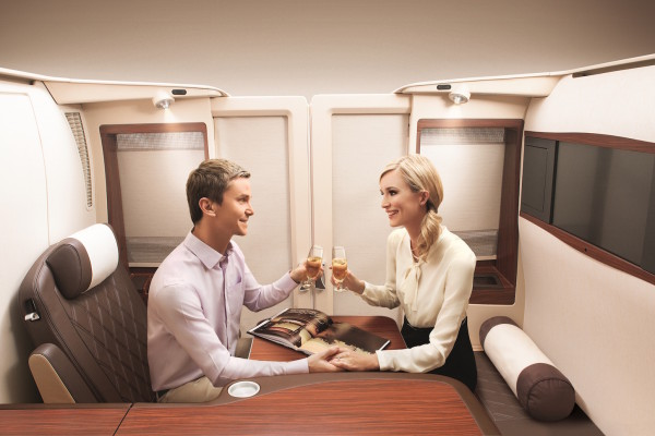 SIA-FIRST-A380-SUITE-pdt-suites-41-600x400